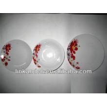 Haonai fabrique des ensembles de dîners en céramique à fleurs rouges 12pcs
