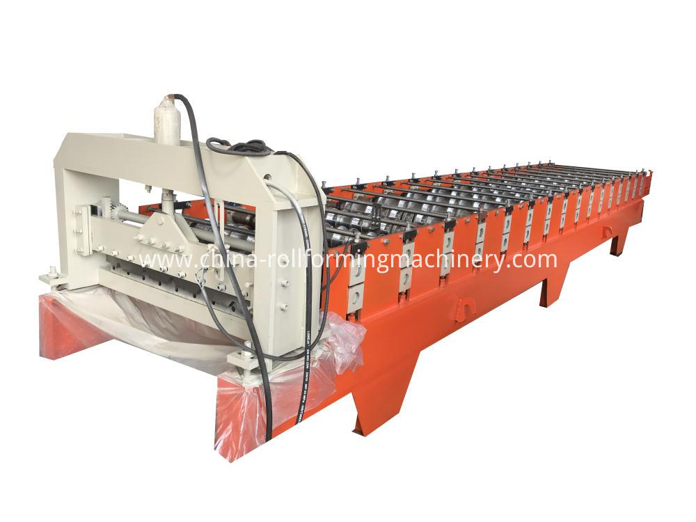 Indonesia 750 roll forming machine