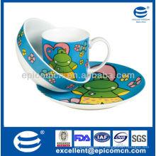 Les enfants de haute qualité utilisent quotidiennement un ensemble de dîner au petit déjeuner en porcelaine 3pcs avec décoration de bande dessinée