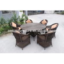Mobiliário de vime ao ar livre mesa redonda e cadeira