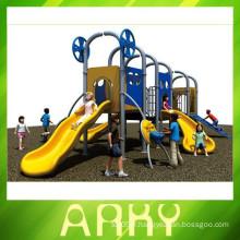 Équipement de formation physique pour enfants à l'extérieur