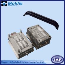 Moule d'Injection plastique pour l'Automobile