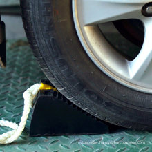 Cheap Solid Heavy Duty Wedge Stopper Rubber Wheel Chock with Rope for Trailer/Car/Truck