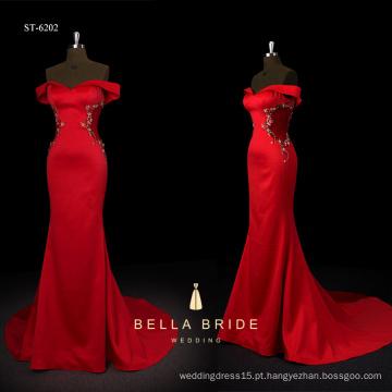 2017 novo design bainha silhueta vermelho charmeuse vestido de noite