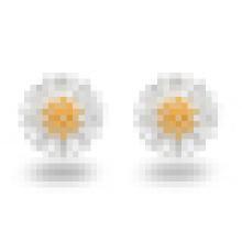 Women′s Fashion 925 Sterling Silver Chrysanthemum-Shaped Earrings