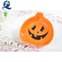 Pintado a mano de calabaza de Halloween decoración pequeño plato de cerámica
