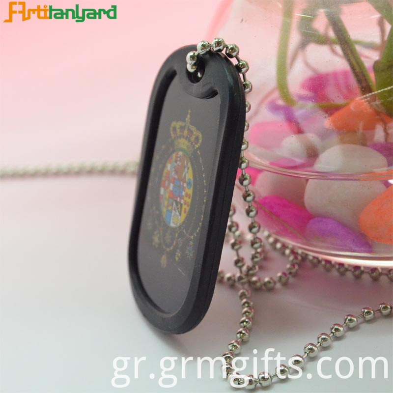 Men S Dog Tag Necklace