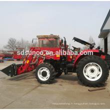 petit tracteur avec chargeur frontal, vérin hydraulique du chargeur frontal