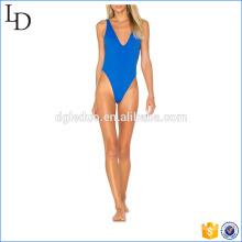 Blauer Schirm zwei Arten tragen Badeanzüge Bikini 2017 junges Mädchen sexy tragen