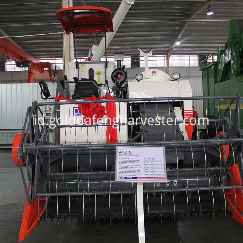 330mm Min.ground clearance new rice combine harvester