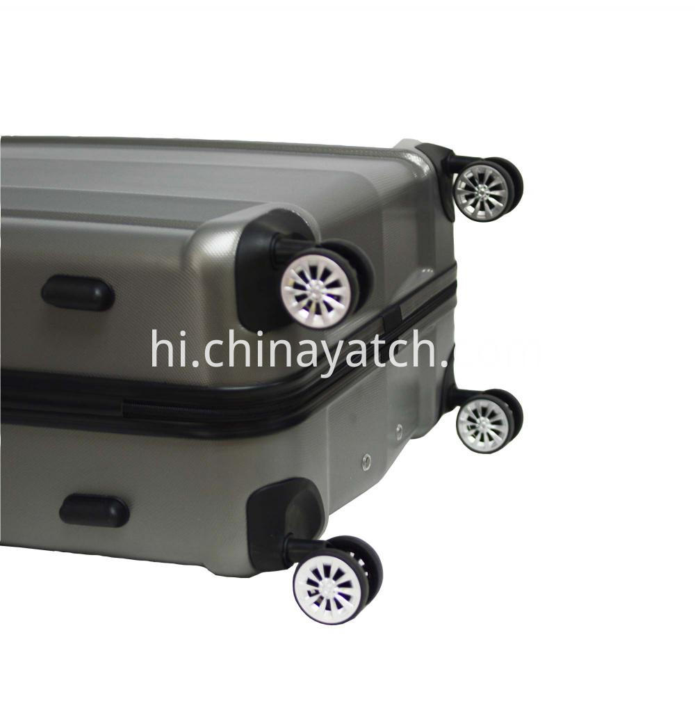 Luggage With 4 Spinner Wheels