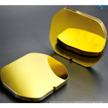 Espejo de carbono de silicio con revestimiento de oro protegido