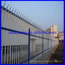 Nossa empresa produz PVC de alta qualidade revestido Palisade Fence