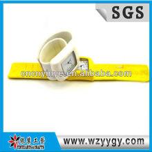 Relógio de silicone wholesalel popular para a promoção, personalizado relógios digitais tapa