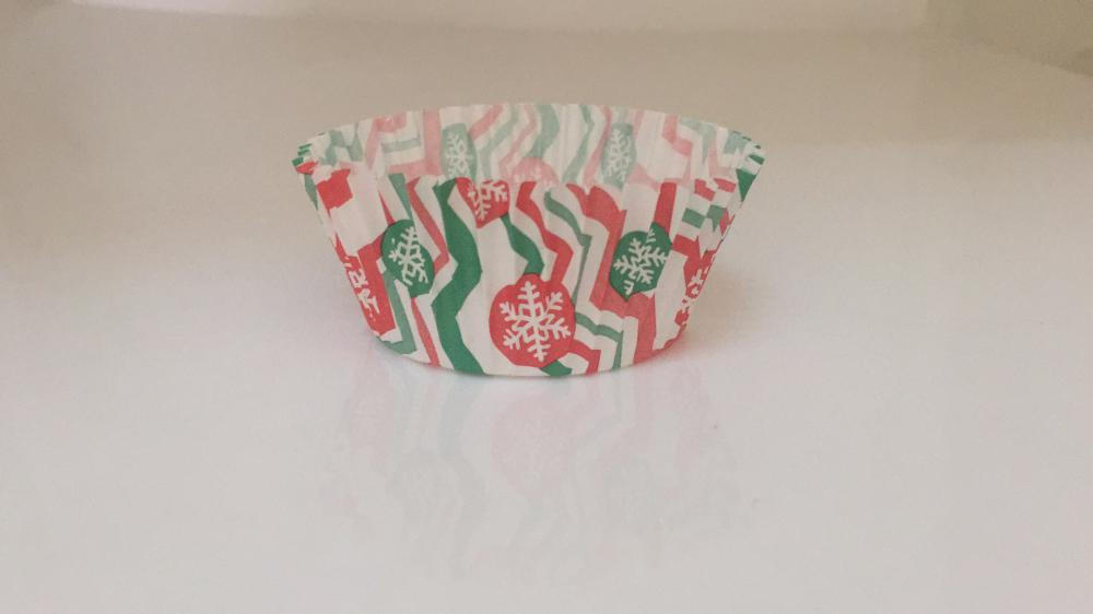 Snowflakes Pattern Baking Cup with PVC Box