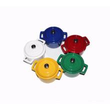 Enamel Mini Casserole mit verschiedenen Farben