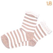 Chaussettes à rayures en coton pour femmes