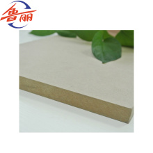 Planície material da fibra de madeira / placa crua 1220 * 2440mm do MDF / HDF