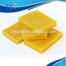 Bienenwachs --- für Seife, Lippenstift und Kosmetik.