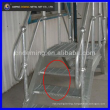 Galvanized checker stainless steel grating