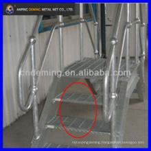 Galvanized checker stainless steel grating