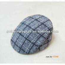Casquillo barato de la hiedra de la tela escocesa del invierno para los cabritos