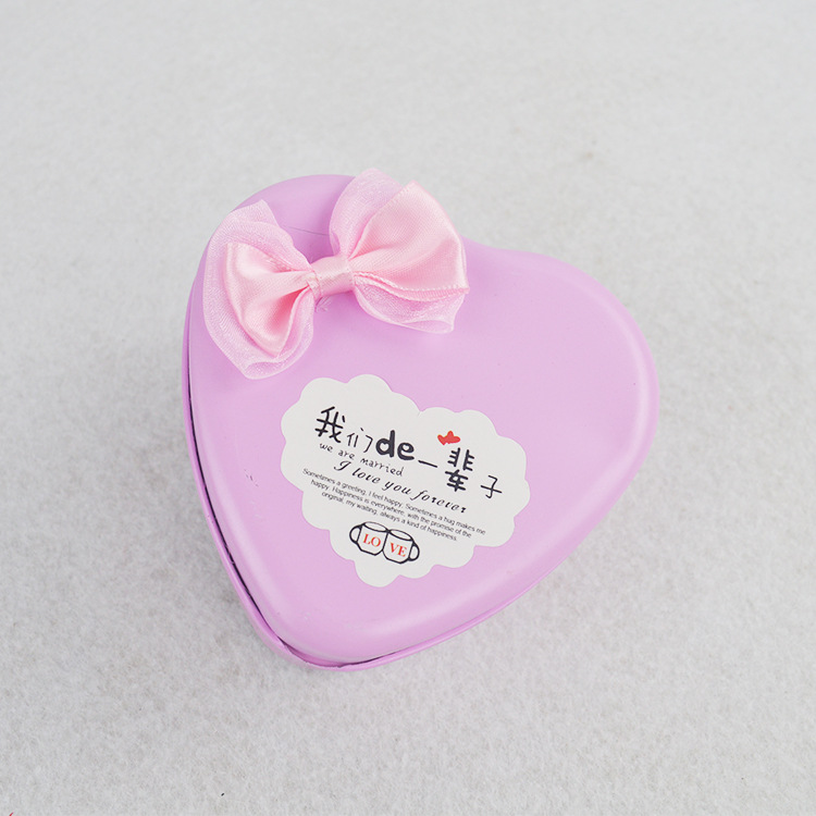 Regalo de boda Bowknot Heart Tin Box