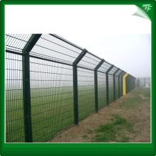 Green welded high security fencing panels