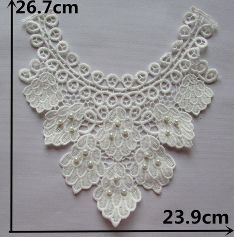 embroidery collar with pearls