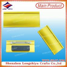Insignia de nombre en blanco del metal de los fabricantes chinos para las ventas