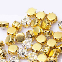 Hot sell crystal rhinestone glass bead with clow sewing accessories wholesale sew on crystal beads for garment accessory