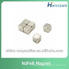 N42 cubo permanentes de neodímio ímã 10x10x10mm