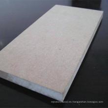 Tablero de fibra de densidad media