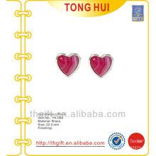 Novidade de abotoaduras de metal de pedra de coração vermelho de classe alta para presentes de promoção