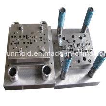 Moulage par injection en plastique fait sur commande de haute précision, moule de moulage sous pression