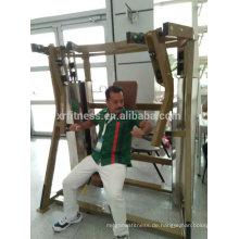 Fitnessgeräte / Sitzende Brustpresse