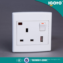 Reino Unido Estilo BS 1 Gang 13A USB Switched Socket con Neon