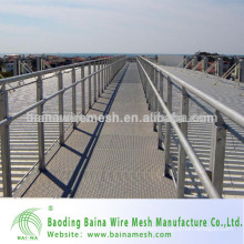 Hot sale High Quality Stainless Steel Wire Rope Mesh Fence Supplier