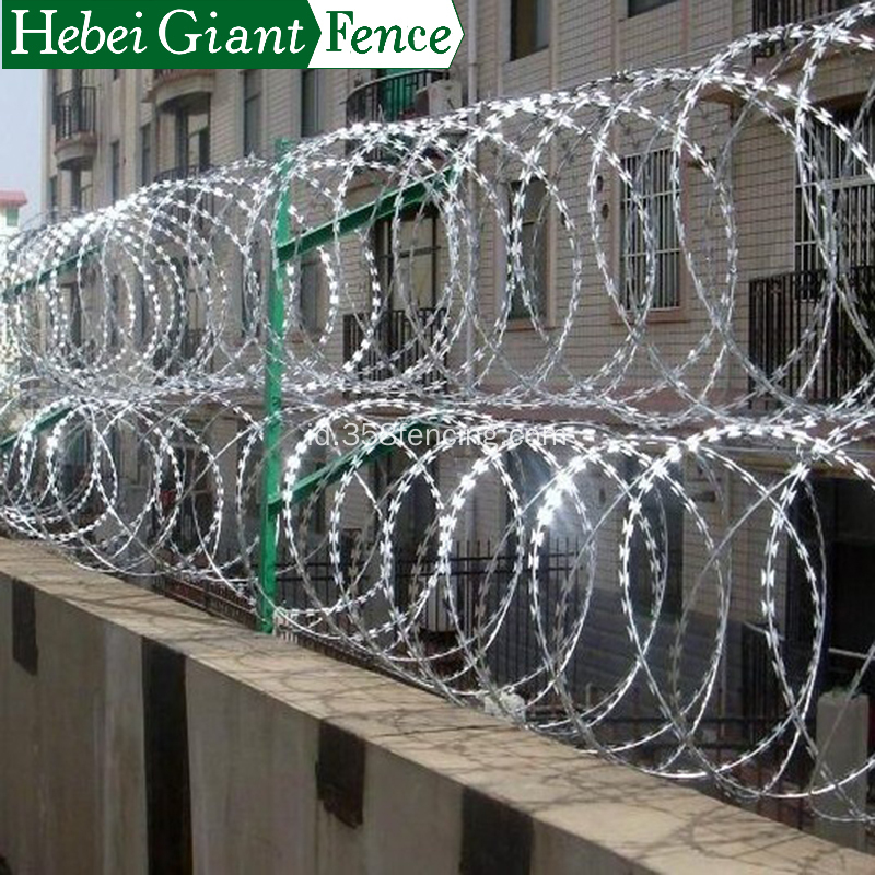 Hot Dipped Security Anggar Razor Barbed Wire Fence