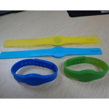Promoção pulseira de borracha de silicone inteligente RFID