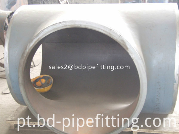 Alloy pipe fitting (589)