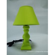 Керамическая зеленая настольная лампа