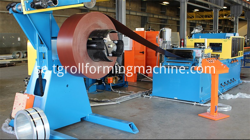 Omega Purlin Cold Roll Forming Machine