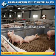 La estructura de acero ligera prefabricó la granja de cerdo en la India para la venta