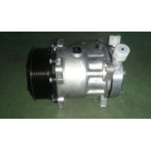 7h15-709 Air Conditioner Compressor OE No.: 81619066012 for Man