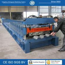 Máquina para fabricar decks de piso com travamento automático