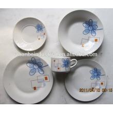 Achetez des ensembles de dîner en porcelaine bon marché en Chine