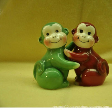 ceramic salt and pepper shaker with monkey design BS120726C