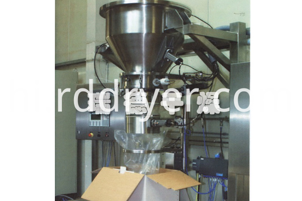 Semi-automatic pouch packaging system