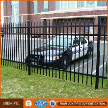 PVC-überzogener dekorativer röhrenförmiger Schmiedeeisen-Zaun